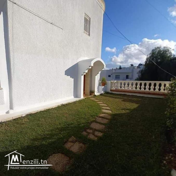 Etage de Villa Meublé à Menzah 9A