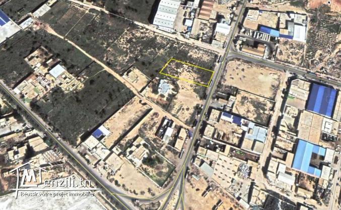 Terrain industriel titre bleu à vendre ZI Gabès