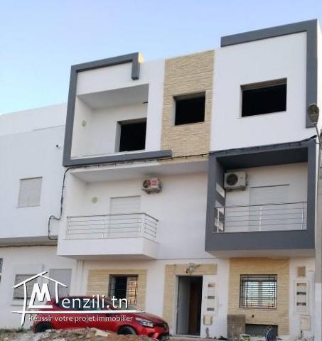 Vente Villa érigée sur trois niveaux