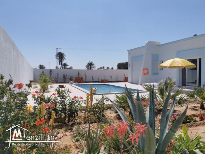 villa avec piscine L323