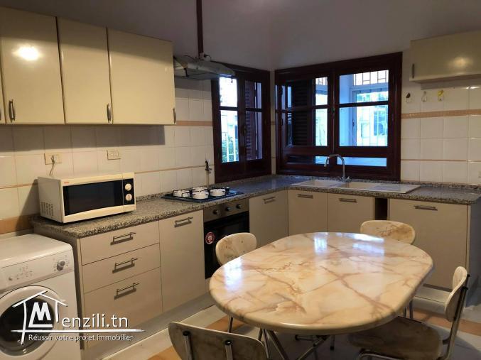Etage de Villa à Menzah 5 180 m2