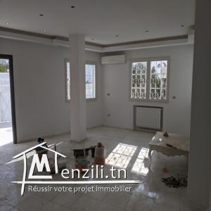Rdv de Villa avec jardin Menzah 8