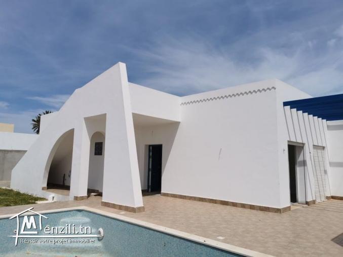 villa avec piscine V472