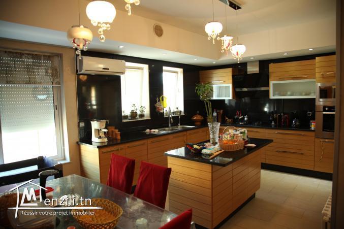 À vendre: Etage de villa / Route de la Plage, Hammam Sousse