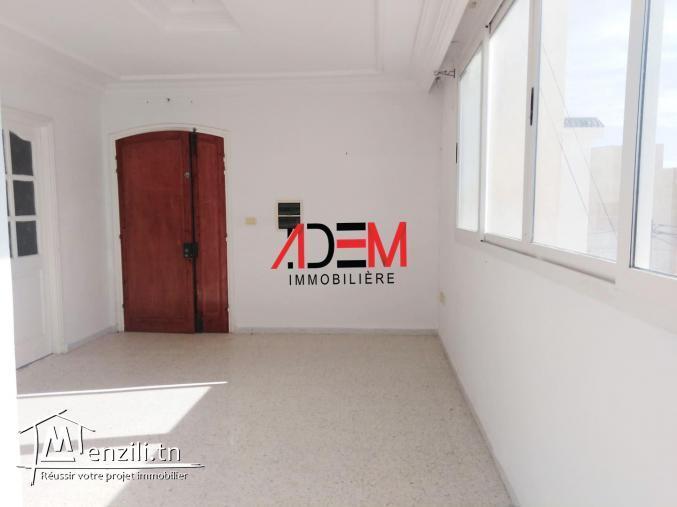 Spacieux étage de villa de type S4 à Khzema