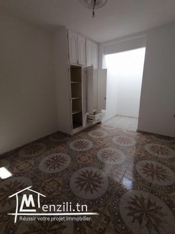 louer étage de villa a nouvelle médina s+2