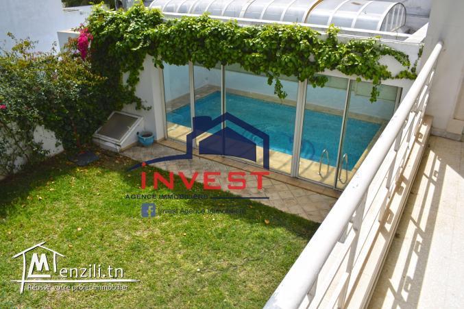 Villa avec piscine et jardin à Mutuelle Ville