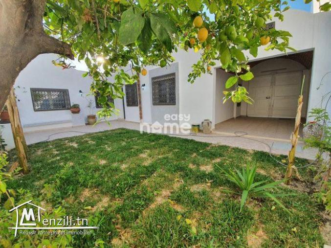 Maison de 110m² sur de 220m² à hammamet Centre