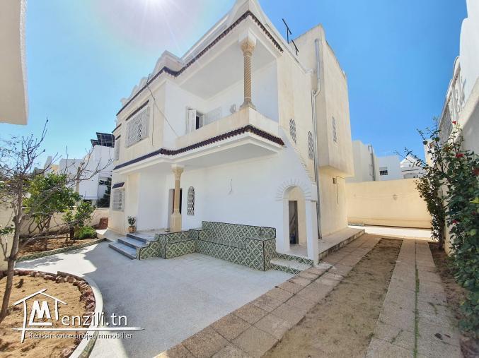 Villa de 250m² sur un terrain de 379m² à hammamet Sud