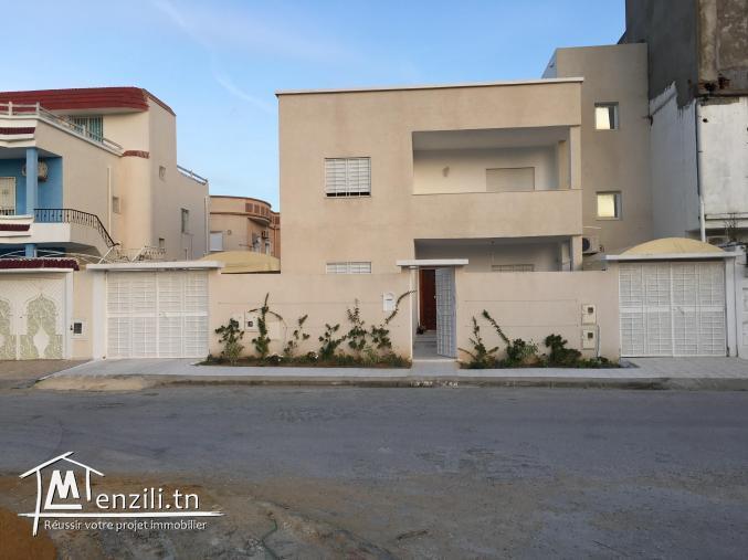 villa de Luxe Ztouristique borj cedria :2 étages