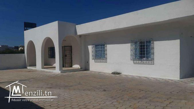 à vendre à prix imbattable une maison à Raouad