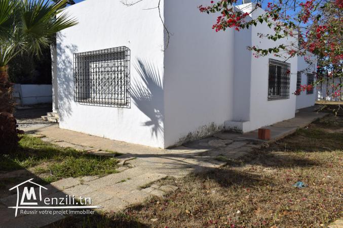 Villa de 250m² sur un terrain 763m² à Jinene Hammamet