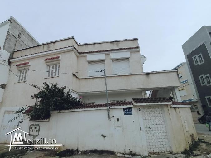 Villa spacieuse a deux étages indépendantes