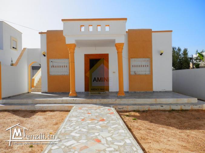 A louer villa 3 chambres sans meuble à Midoun Djerba