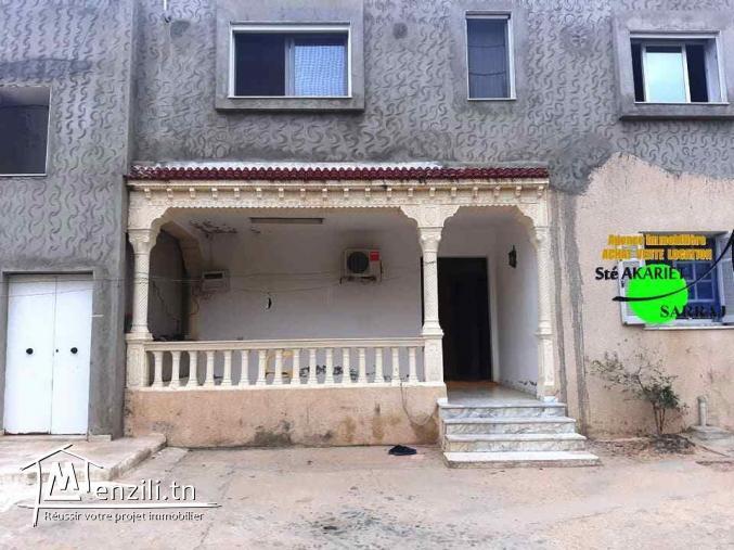 Maison Sur 02 Niveaux RDC + 1ér étage à  Chatt Mariem Prés Rond-Point El Bir