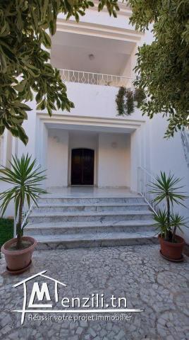 villa 2 niveaux a el Mourouj 6