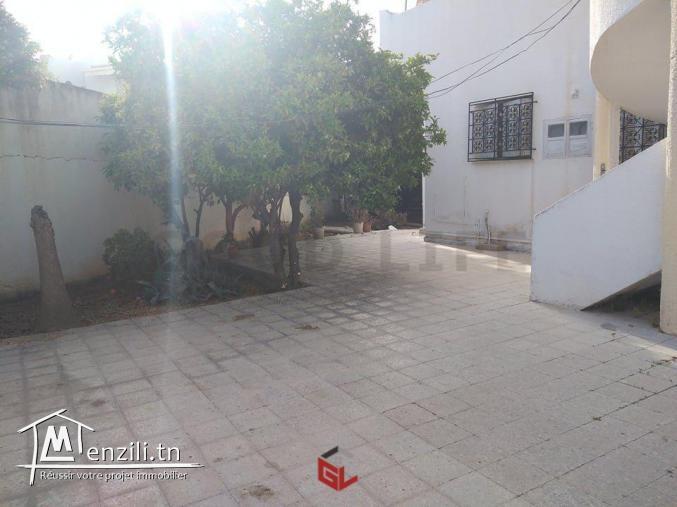 Villa à Cité Ennozha