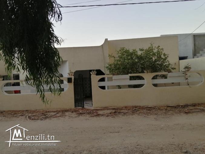 A vendre belle villa à Soliman cité Naiefer suface