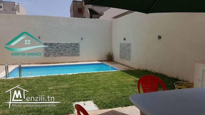 Maison S+2 avec piscine  à jinen el mansourah kelibia