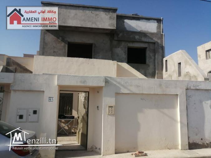❤ A vendre villa sur deux étages  à Rades Plage.