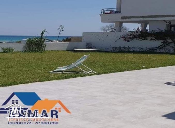 Villa haut standing pieds dans l'eau à plage EZZAHRA Hammam El Aghzez