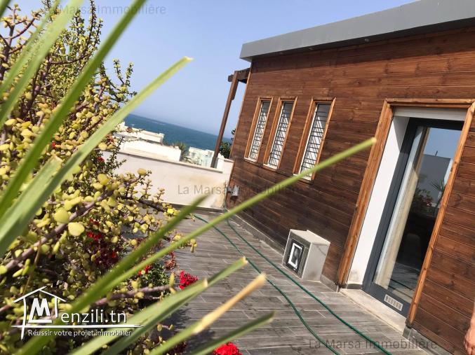 A vendre luxueux duplex s3 vue mer à La Marsa corniche