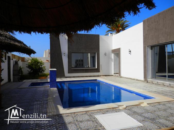 Superbe villa avec piscine à louer à Midoun Djerba