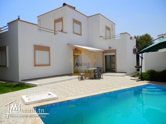 Location de vacances villa avec piscine à Midoun Djerba