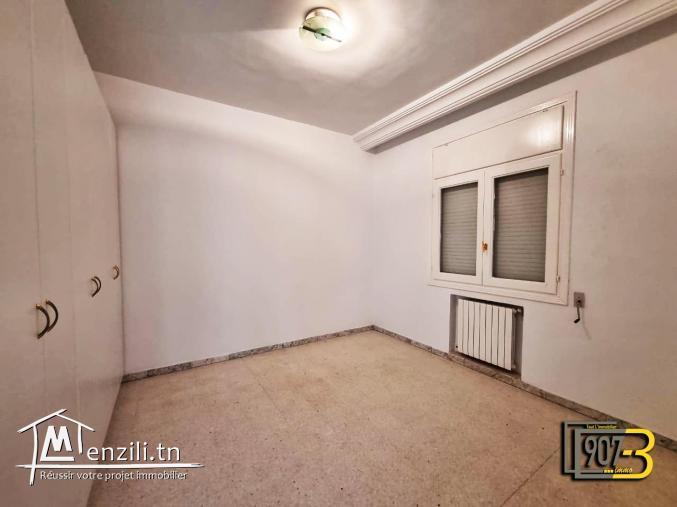 A Louer Un Appartement S+3 à Cité Ennasr