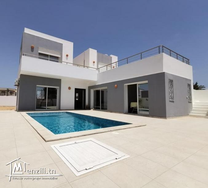 villa avec piscine L335