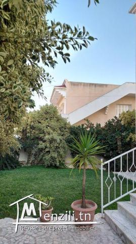joli villa sur deux niveaux a el mourouj