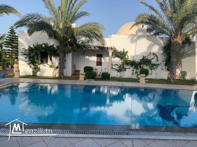 Superbe villa avec piscine à louer à Mezraya Djerba