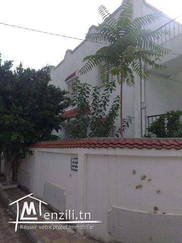 À vendre une villa bien situé à manouba