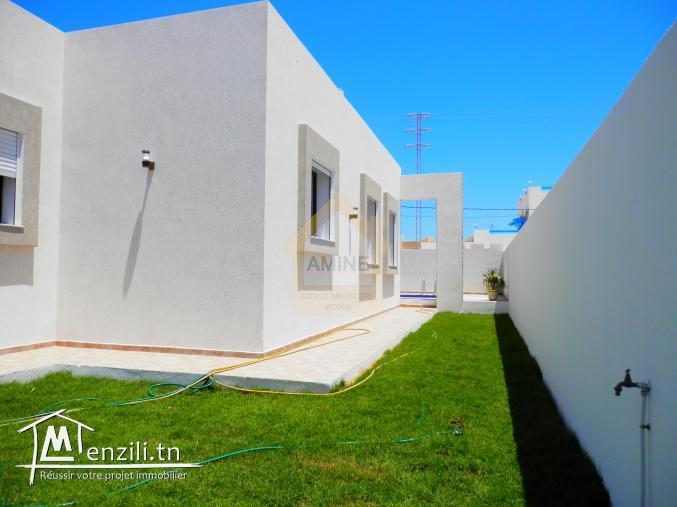 A vendre villa de luxe avec piscine à H. Souk Djerba