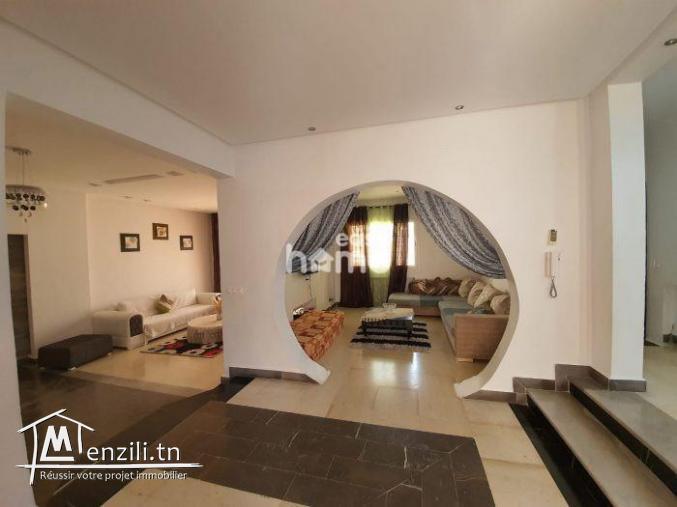 Duplex meublé de 160m² à Hammamet Centre