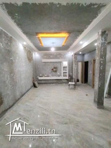 Maison neuve jamais habité à hammamlif avec 1er étage en cours de construction