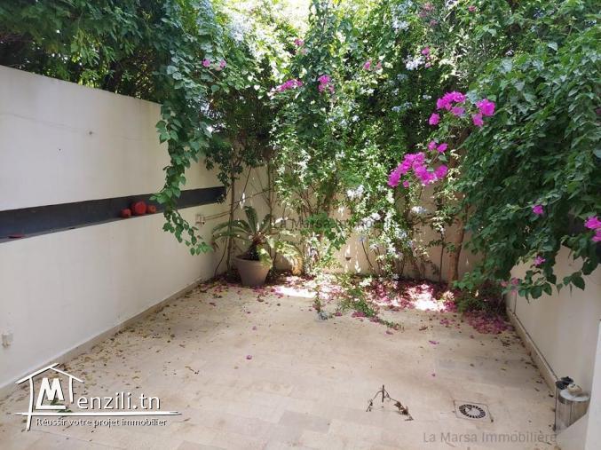A vendre Triplex s3 avec jardin à la Marsa