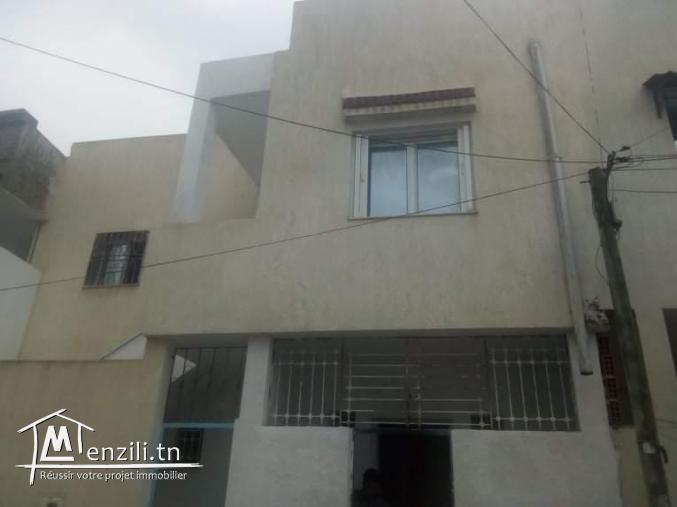 A vendre une maison a ibnou sina