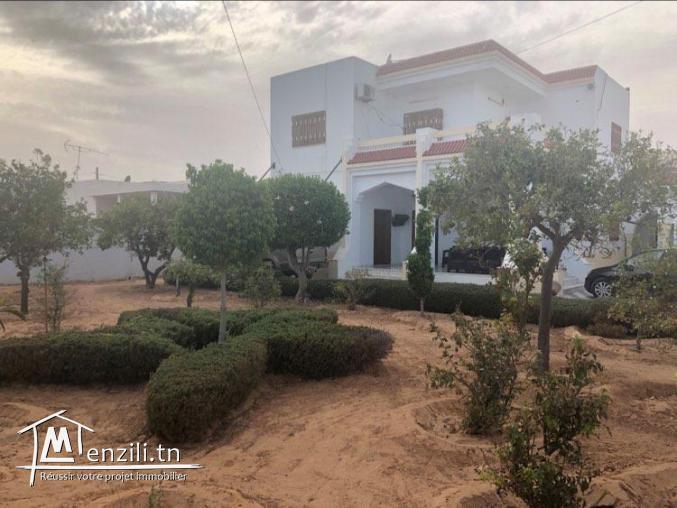 A vendre trois villa