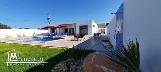 A Louer, Une Maison Typique à Djerba- La Zone Touristique-Midoun