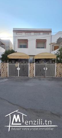 Villa à louer à cité Ettahrir