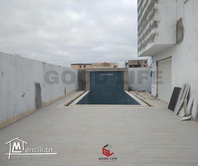 A Vendre Villa Jumelée inachevée à Jardins d'EL Menzah 2