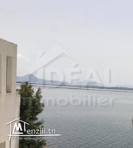 """""""Appartement S+3 vue sur lac aux Berges du Lac"""