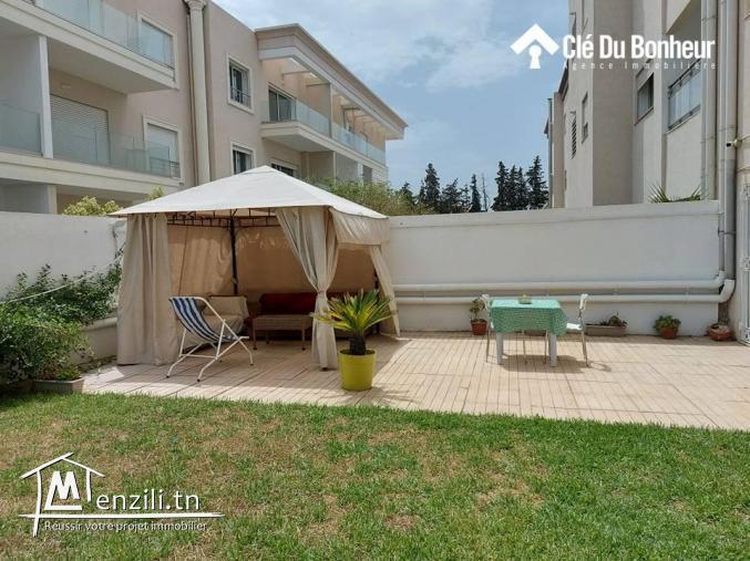 Superbe Appartement avec grand jardin à Chotrana 1