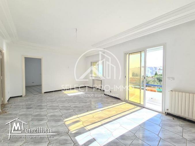 Etage de villa S+3 à sidi mahrsi REF: 320a