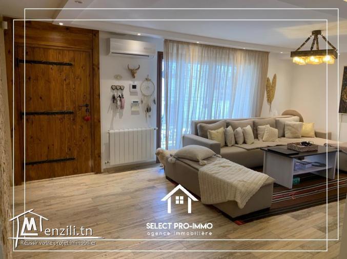 Villa S+7 à vendre REF:173a